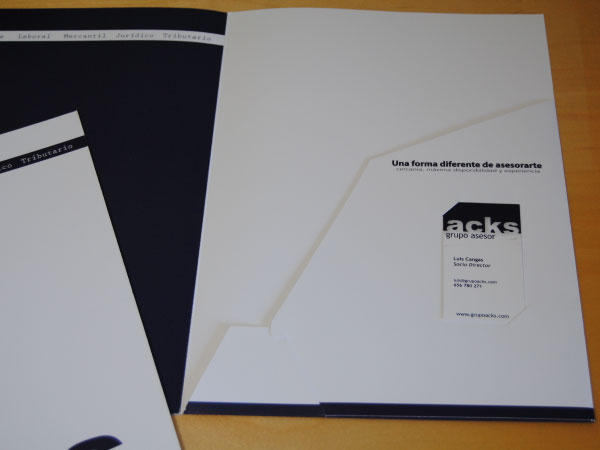 Diseño de carpeta corporativa para ACKS | Carpeta interna y externa