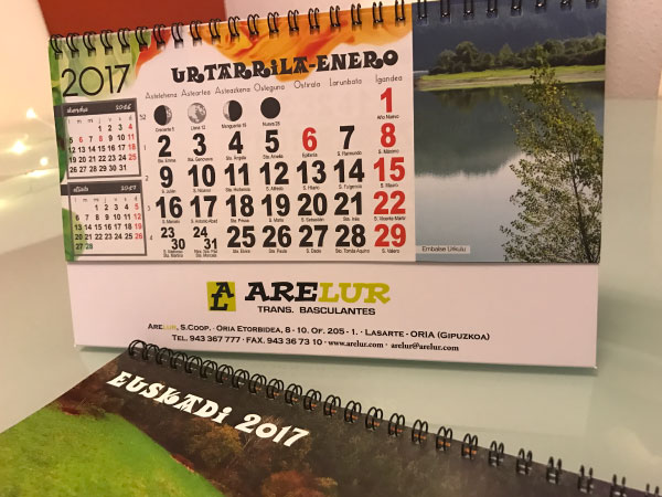 calendarios de mesa arelur alunarte vitoria-gasteiz