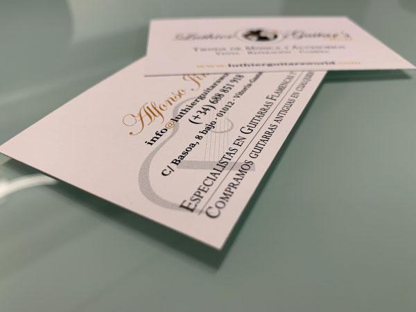 Diseño de logo y tarjetas de visita | Luthier Guitar's World | Vitoria-Gasteiz